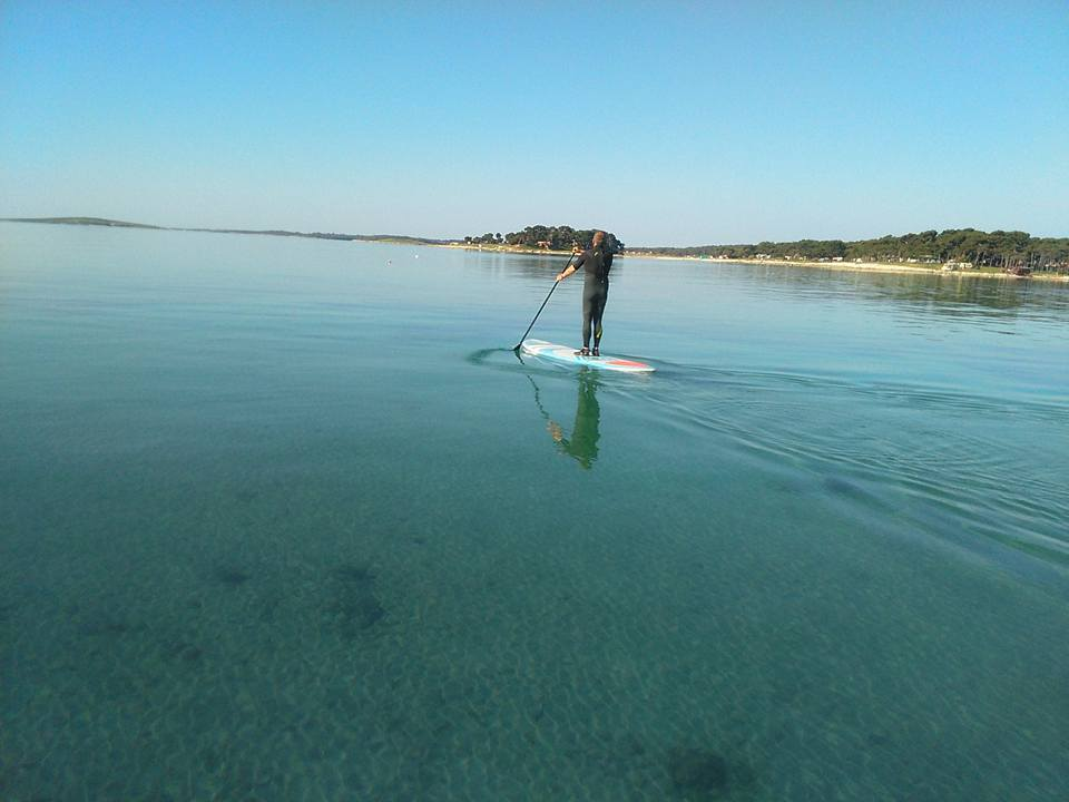 stand up paddling premantura